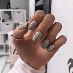 Nail polish 20 colors of trend 2018 nail polishBeautiful colors of nail polish trend nails for winter;… Acrylic Nail Shapes and Styles Have you ever thought of the perfect shape for your nails What suits anyon - n Acrylic Nail Shapes, Cute Acrylic Nails, Cute Nails, Pretty Nails, Nail Polish, Nail Manicure, Pedicure, Neutral Nail Art, Wedding Acrylic Nails