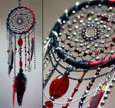 "Gothic Jewelry Diy Gothic vampire red black dreamcatcher ""Passion and steel"" Dream Catcher Decor, Black Dream Catcher, Dreamcatchers, Diy And Crafts, Arts And Crafts, Gothic Vampire, Sun Catcher, Gothic Jewelry, String Art"