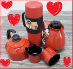 Kit Café Vermelho (Garrafa Térmica Indie + Bule Amare + 2 Canecos + Chaleira) Vermelho  Vendas Eletro aderindo ao clima de romance do Dia dos Namorados     Montamos esse lindoooo, maravilhosoooo, apaixonanteee kit de café da manhã, para você iniciar o dia com seu amor num clima super romantico!!  http://www.vendaseletro.com/index.php?link=produto&cod_produto=204&cod_foto=546&categoria=15