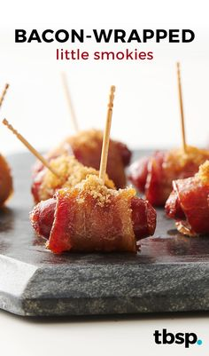 We all already know that bacon is the best, and just in case you're doubting that truth, these 15 recipes should change your mind. Sweet, savory and everything in between, let's all agree that bacon is the perfect protein. Snacks Für Party, Appetizers For Party, Appetizer Recipes, Shower Appetizers, Bacon Appetizers, Snack Recipes, Bacon Wrapped Little Smokies, Lil Smokies, Super Bowl Essen