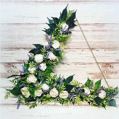 Modern Triangle Wreath with sola wood flowers. Sola Wood Flowers, Lace Patterns, Triangle, Floral Wreath, Wreaths, Modern, Shoe, Tattoo, Home Decor