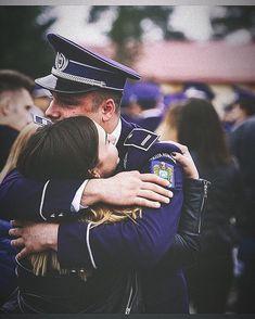 Adaugă pe cineva care visează să fie Polițist! Academiadepolitie.com - Pregatire Intensiva Examen Admitere #academiadepolitie si #scoaladepolitie Academia, Couple Goals, Captain Hat, Military, Couples, Sports, Heart, Instagram, Have A Good Weekend