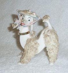 Vintage-White-Lefton-Spaghetti-Poodle-Dog-Figurine-Bonnet-Pink-Blue
