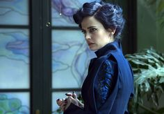First-Look Images – Tim Burton's 'Miss Peregrine's Home For Peculiar Children' starring Eva Green Colleen Atwood, Eva Green Penny Dreadful, Peculiar Children Movie, Actress Eva Green, Peregrine's Home For Peculiars, Miss Peregrines Home For Peculiar, Tim Burton Films, The Dark Tower, French Actress