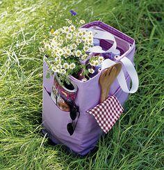 Co zabrać na piknik. Praktyczne i ładne akcesoria #piknik #lato #natrawie #torbapiknikowa