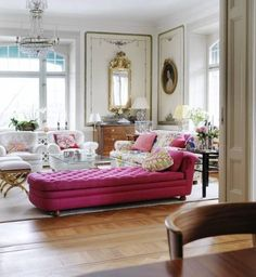 Swoon. I'm not really a pink girl, but the light, space and that PINK fainting couch thing are just delightful! #pink