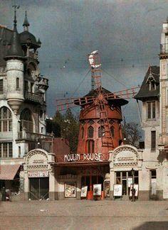 The Moulin Rouge at Montmartre, Paris, Photo by Jules Gervais Courtellemont, National Geographic Montmartre Paris, Vintage Paris, Photo Vintage, Vintage Photos, Le Moulin Rouge Paris, Moulin Rouge Show, Albert Kahn, Paris 1900, Paris Paris