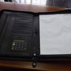 Interior de capa de documentos A4