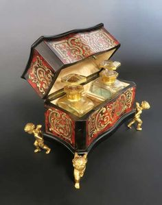 Lot: 19th C. French Boulle Vanity Box by Tahan, Lot Number: 0058, Starting Bid: $1,500, Auctioneer: Royal Antiques, Auction: Fascinating Antiques & Estates Collection, Date: January 11th, 2018 EST