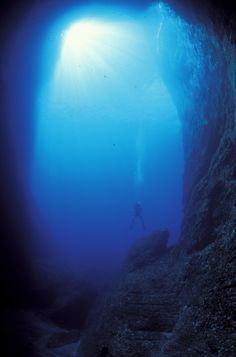scuba diving in the Azores | Visit Azores | Scuba Diving in Azores - Dive Underwater in your ...