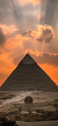 10 Top-Rated Tourist Attractions in Egypt - Travelopina Ancient Egypt Pyramids, Pyramids Of Giza, Giza Egypt, Wallpaper Huawei, Egypt Wallpaper, Amoled Wallpapers, Great Pyramid Of Giza, Kairo, Egypt Art
