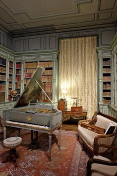 Library in Cheverny castle Loire Valley, France, Trip Advisor, Piano, Chateaus, Photos, Room, Furniture, Home Decor