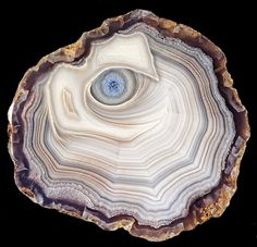 """""""Full eye"""" Laguna Natural AGATE. Photo by Captain Tenneal #pixiecrystals :) Agate is Quartz with inclusions, and never naturally pink, purple, bright blue.."""