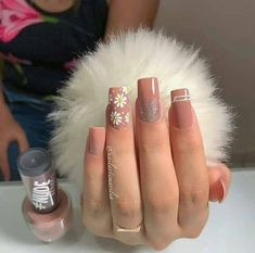 Nail beauty is one of the sine qua non for women. Therefore, different nail designs designed for you Aycrlic Nails, Bling Nails, Cute Nails, Pretty Nails, Hair And Nails, Nail Polish Designs, Nail Art Designs, Korea Nail Art, Nail Ring