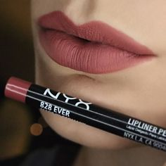 NYX Cosmetics Lipliner in Ever all over my lips Makeup Swatches, Makeup Dupes, Nyx Lip Liner Swatches, Makeup Products, Lip Liner Tips, Makeup Brushes, Revlon Makeup, Makeup Brands, Makeup Collection