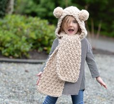 Ravelry: Ziyon Hooded Scarf pattern by Heidi May