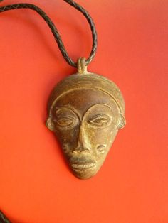 Tribal Baule Bronze Mask Pendant. African Ethnic Jewelry. Lost Wax Pendant. Unisex Tribal Jewelry