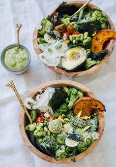 Lean Green Summer Bowl Recipe… A Bikini Kinda Life with Ellie Bullen of Elsas Wholesome Life Healthy Salad Recipes, Clean Recipes, Raw Food Recipes, Healthy Drinks, Healthy Snacks, Vegetarian Recipes, Healthy Eating, Cooking Recipes, Tofu
