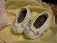 Ravelry: Baby Loafers pattern by Sarah McHatton