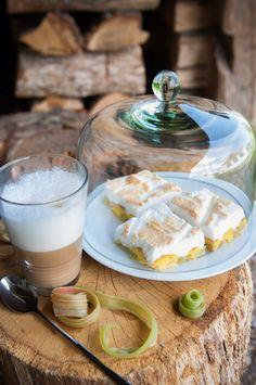 Rhubarb tart by HappyLittleMe Rhubarb Tart, Drinking Tea, Latte, Panna Cotta, All About Time, Fresh, Ethnic Recipes, Desserts, Traditional