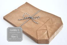 25 Papiertüten Kraftpapier braun L 14 x 22cm Bodenbeutel   Etsy Paper Packaging, Small Bags, Small Gifts, Craft Supplies, Notebook, Etsy, Hand Painted, Brown, Tableware