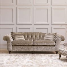 Buy Now –Click your choice of fabric covering & your wood finish. Your item will come complete in this one fabric. If your item has a metal finishing either casters or studs, as standard it will come with an Antique … Continue reading →