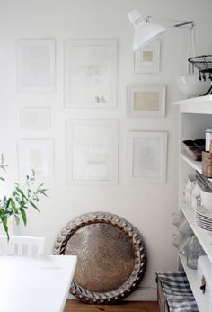 White on white frames. Photo by http://meandalice.blogspot.com/