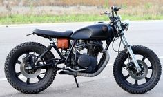 "Austin motorcycle workshop Hold Fast Motors have just unveiled the ""Black & Tan,"" a custom 1979 Yamaha XS400 motorbike. Check it out here."
