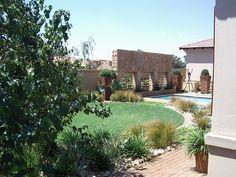 Garden Landscaping, Garden Design, Mansions, Landscape, House Styles, Gardens, Home Decor, Front Yard Landscaping, Scenery