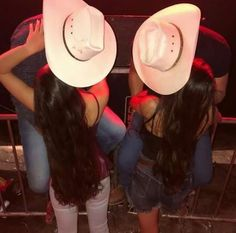 Relationship Goals Tumblr, Cute Relationships, Country Couples, Country Girls, Cowgirl Outfits, Cowgirl Style, Bff Goals, Best Friend Goals, Cute Couples Goals