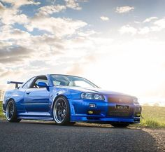 FB : https://www.facebook.com/fastlanetees   The place for JDM Tees, pics, vids, memes & More  THX for the support ;) #nissan #r34