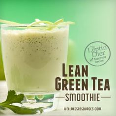 This green tea smoothie is an ultra-delicious fat-burning machine!