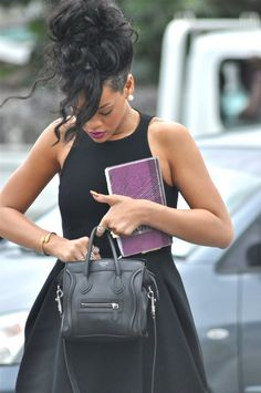For some reason, this is how I'd wanna meet Rihanna. On a normal day. Love her outfit.