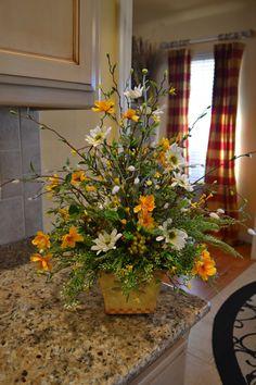 Spring Daisy Arrangement