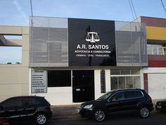 FACHADAS   A.R. Santos - Painel em ACM com letra caixa e brise em metalon   Indaiá Mídias