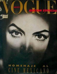 The power in the eyes, Maria Felix en Vogue Yves Montand, Jean Gabin, Mexican Actress, Vogue Mexico, Mexico Art, Vogue Covers, Vintage Vogue, Hollywood Glamour, Divas