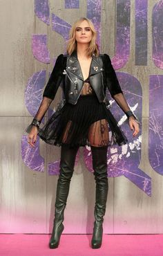 Cara looked gorgeous in the edgy number