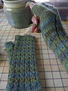 Ravelry: Sitka Spruce Half Mitts pattern by Diana Twiss