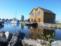 Leuk modern huis in de haven van Stavoren.