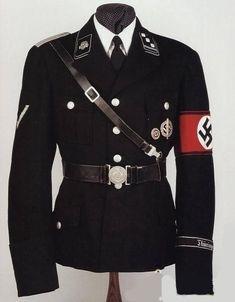 Los uniformes de la SS diseñados por Hugo Boss.