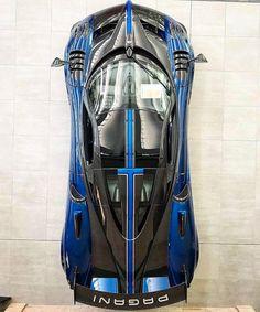 The Pagani Huayra - Super Car Center Exotic Sports Cars, Cool Sports Cars, Exotic Cars, Cool Cars, Pagani Car, Pagani Huayra Bc, Ferrari Car, Lamborghini, Super Sport Cars