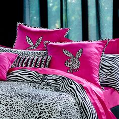 Playboy Bedding Set - Home Furniture Design Luxury Bedroom Sets, Luxurious Bedrooms, Girly Bedroom Decor, Bedroom Ideas, Boys Bedding Sets, Comforter Sets, Bunny Beds, Cool Rooms, Girl Room