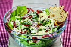 Salata verde cu sunca presata Cobb Salad, Potato Salad, Potatoes, Yummy Food, Ethnic Recipes, Drinks, Green, Salads, Drinking