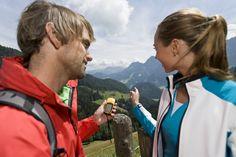 Geocaching im Lammertal Geocaching, Aktiv, Rain Jacket, Windbreaker, Coat, Bike Trails, Hiking, Sewing Coat, Coats