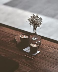 Expert Advice About Coffee Brewing - aromaticoffee Coffee Is Life, I Love Coffee, Coffee Break, My Coffee, Coffee Cafe, Coffee Drinks, Café Chocolate, Pause Café, Aesthetic Coffee