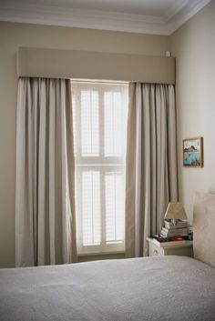 Bay Window Ideas - See a range of bay window styles that are used to record magnificent views, produce space for window seats, as well as fill rooms with light. Plain Curtains, Pleated Curtains, Home Curtains, Modern Curtains, Curtains With Blinds, Valances, Sheer Blinds, Ceiling Curtains, Farmhouse Curtains