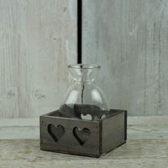 Single Bottle in Greywashed Tray