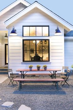 50 Stunning Farmhouse Exterior Design Ideas, When you consider a farmhouse, your very first thought is the most likely that of a home with a sprawling front porch. A very simple farmhouse informs. Barn House, House Design, Farmhouse Windows, House, Home, Exterior Design, New Homes, Modern Farmhouse Exterior, Modern Farmhouse