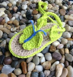 Crochet Pattern * Baby Beach sandals with Butterfly * Instant Download Pattern # 428 + a gift
