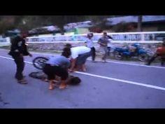 Kecelakaan Sepeda Motor Dijalan Raya